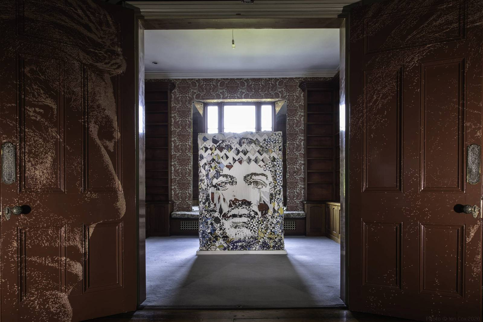 Vhils, installation view of disCONNECT, Schoeni Projects London (2020), Nick Smith Photos
