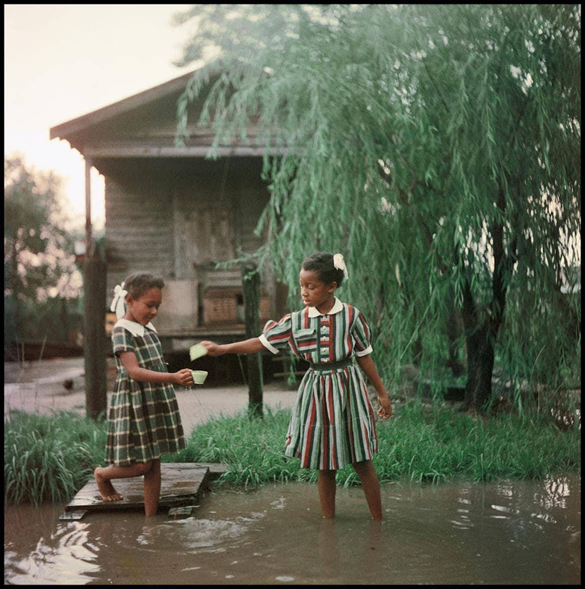 Gordon Parks, Untitled, Alabama, 1956 Courtesy of and copyright The Gordon Parks Foundation
